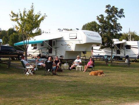 Amazing Overnight Camping Near MacGregor Point  Kincardine Ontario